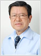 院長 渡辺三雄(歯学博士)